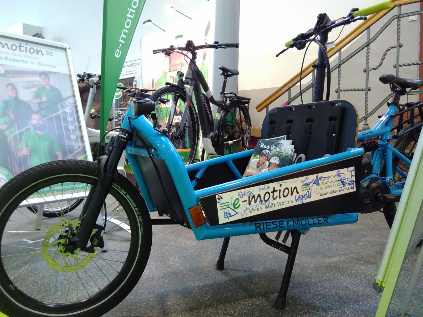 Riese und Müller Cargo und Lasten e-Bikes in der e-motion e-Bike Welt Worms