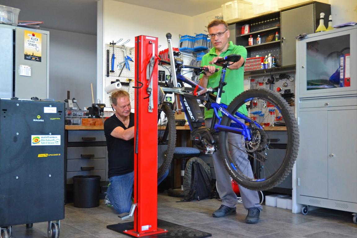 e-motion e-Bike Premium Shop Würzburg - Werkstatt und Reparaturservices für e-Bikes und Elektro-/Dreiräder