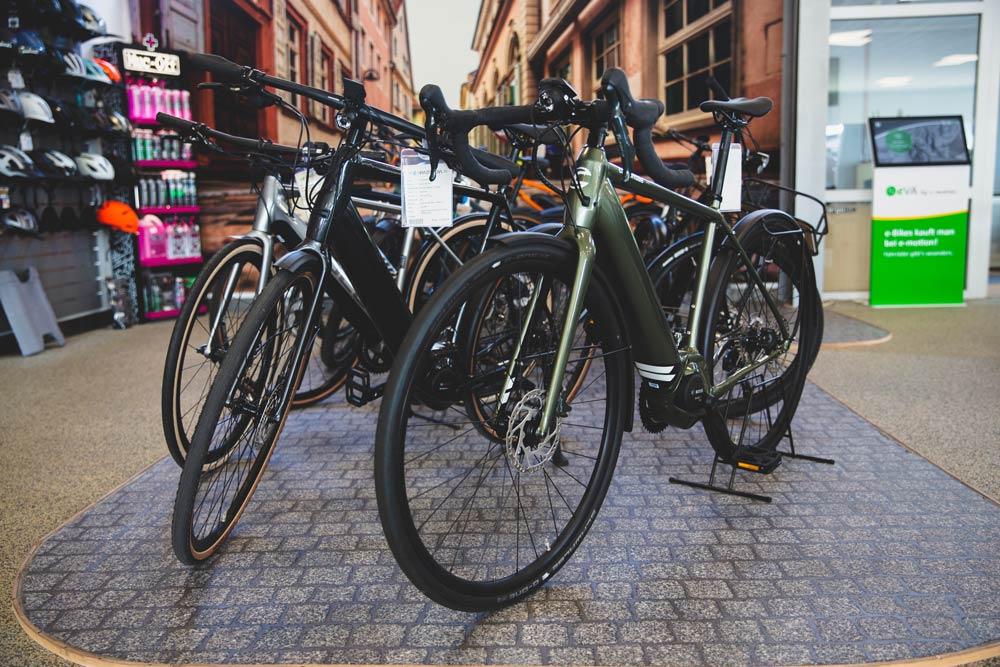 Eine große Auswahl an verschiedensten Marken finden Sie in der e-motion e-Bike Welt Heidelberg.