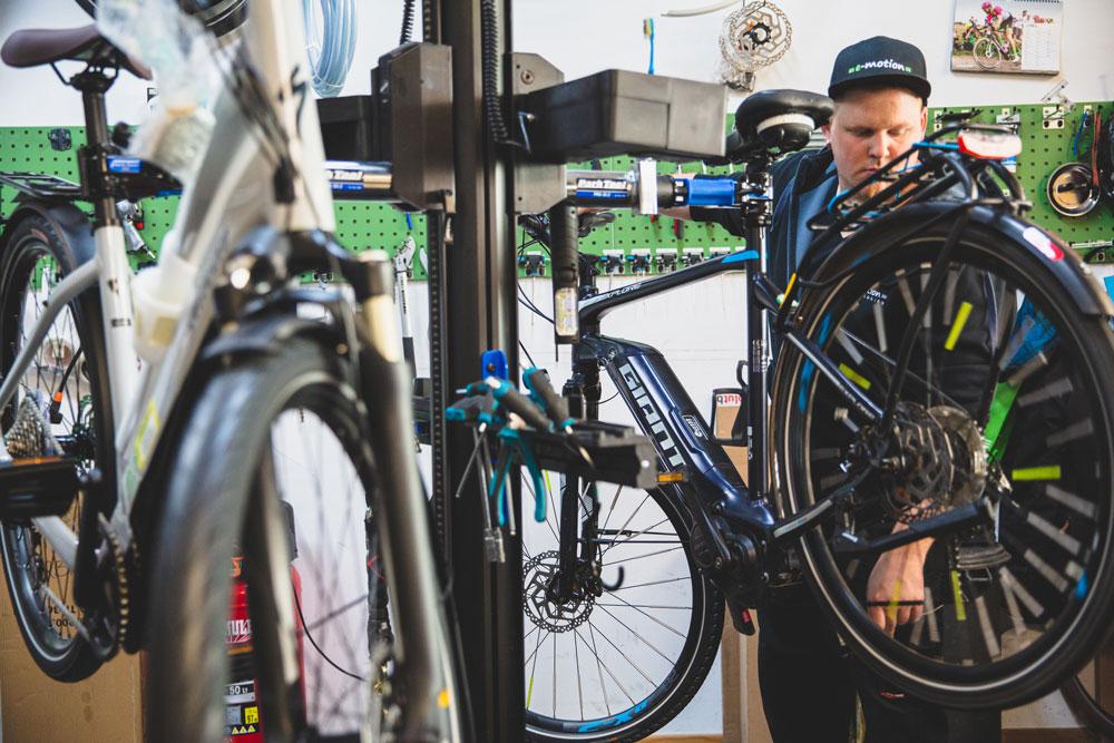 Werkstatt und Service in der e-motion e-Bike Welt Worms