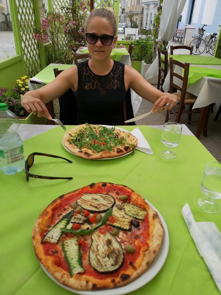... u feini Pizza blibä üs ir Erinnerig.