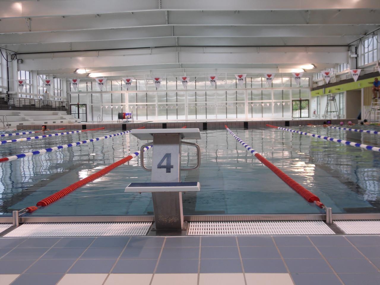 L 39 aqu 39 abb abbeville tourisme porte de la baie de somme for Tarif piscine abbeville