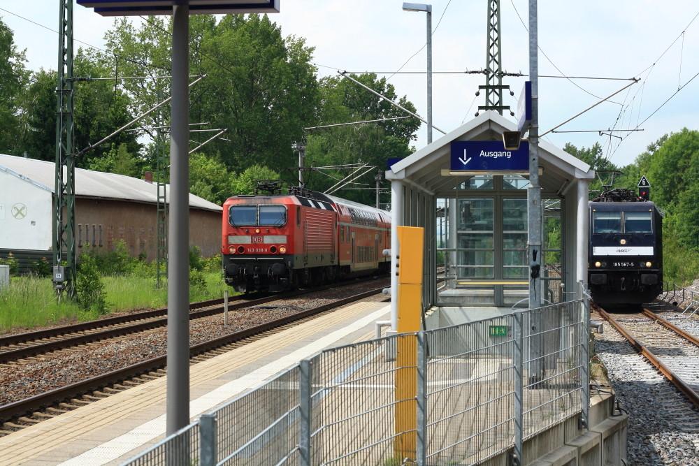 143 038 und 185 567 in Klingenberg-Colmnitz