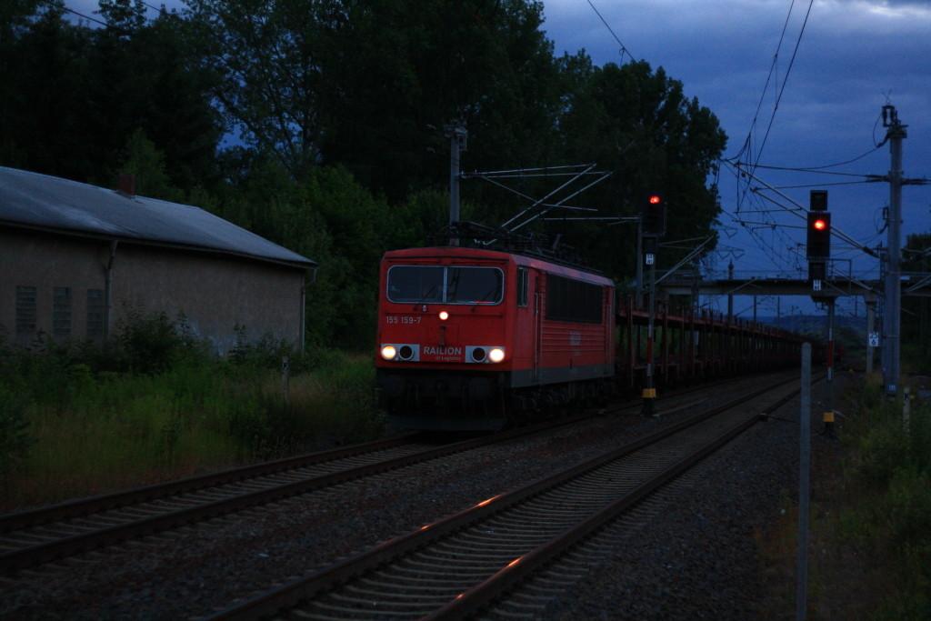 155 159 mit Autoleerzug in Klingenberg-Colmnitz