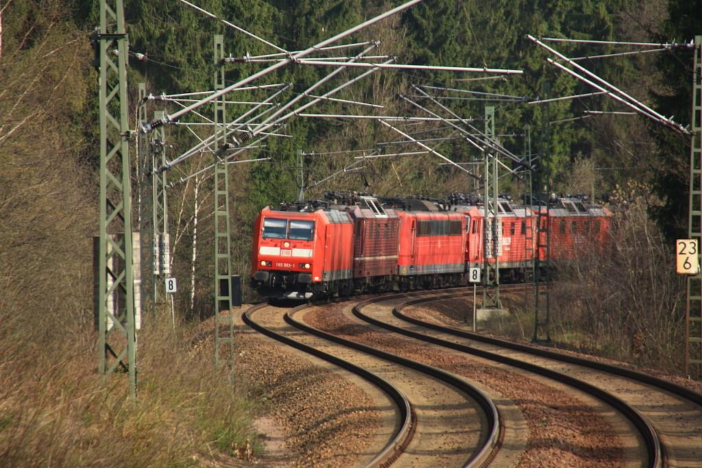 Ein Lokzug gezogen von 185 003 und 180 011 im Tharandter Wald