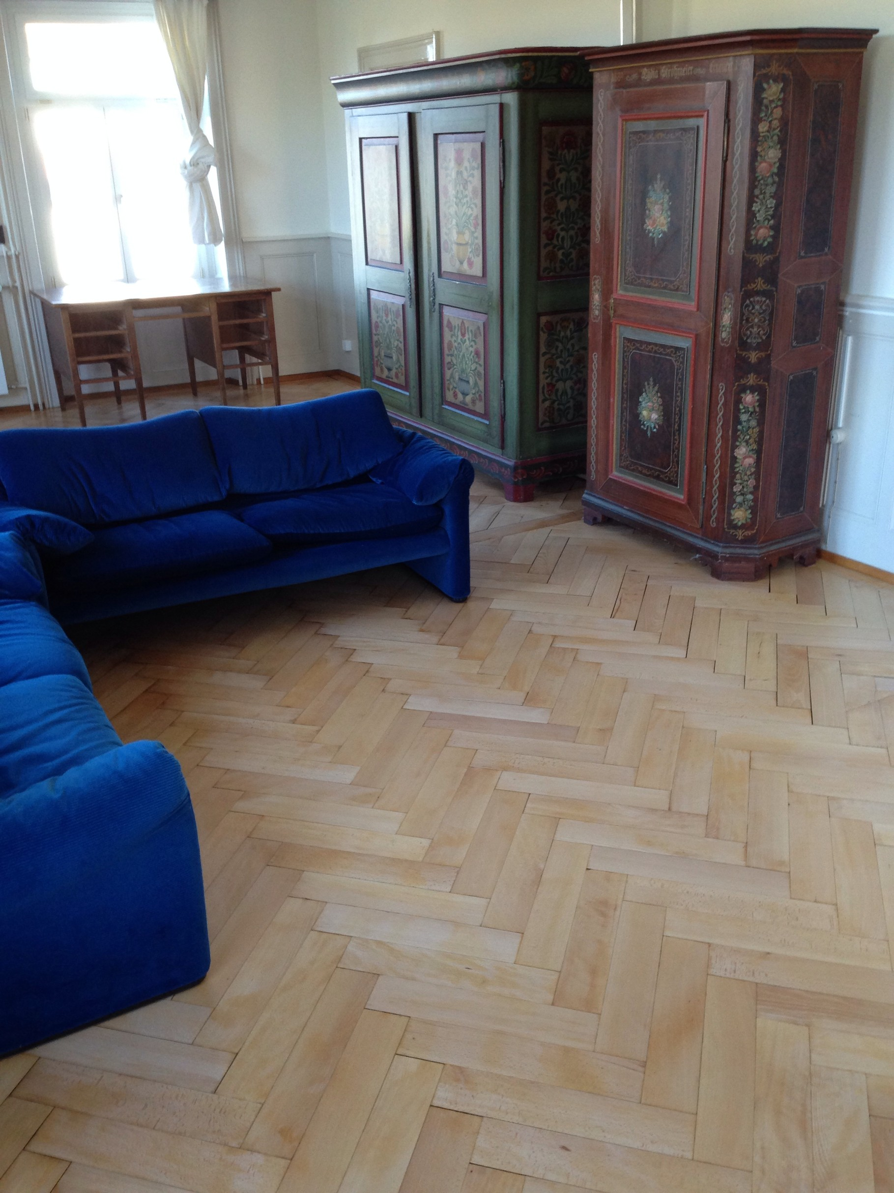 parkettrenovation bodenbel ge brittnau bodenleger parkett laminat teppich vinyl. Black Bedroom Furniture Sets. Home Design Ideas