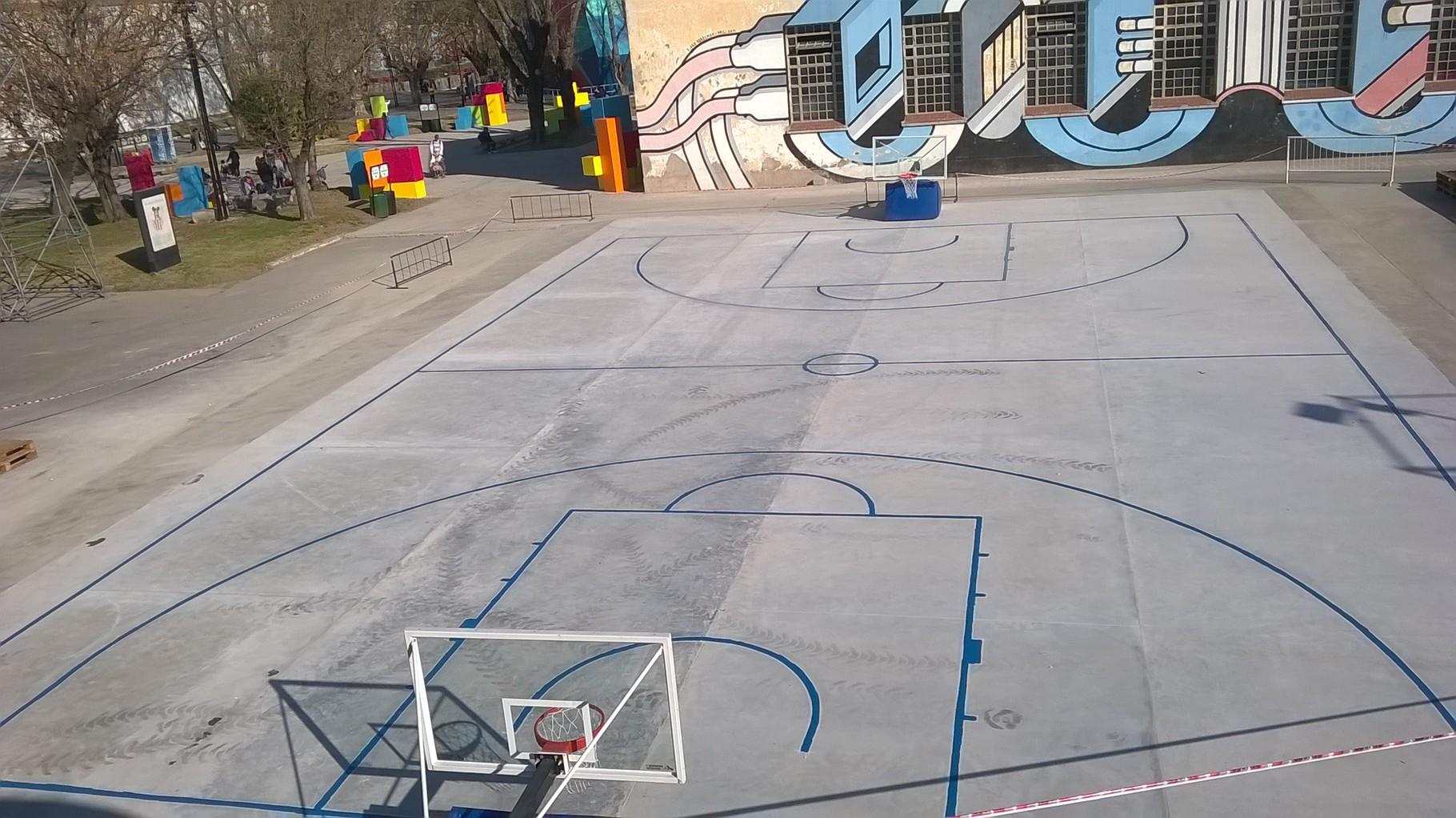 marcaje y pintado de lineas de basquet TECNOPOLIS