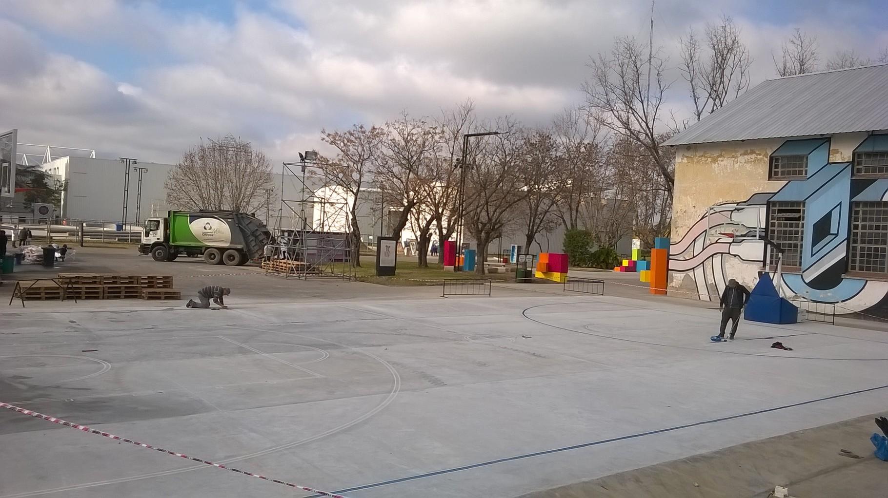 TECNOPOLIS marcado y pintado de canchas de basquet