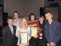 Аліна Бобкова та Легуша Дар'я з нагородами