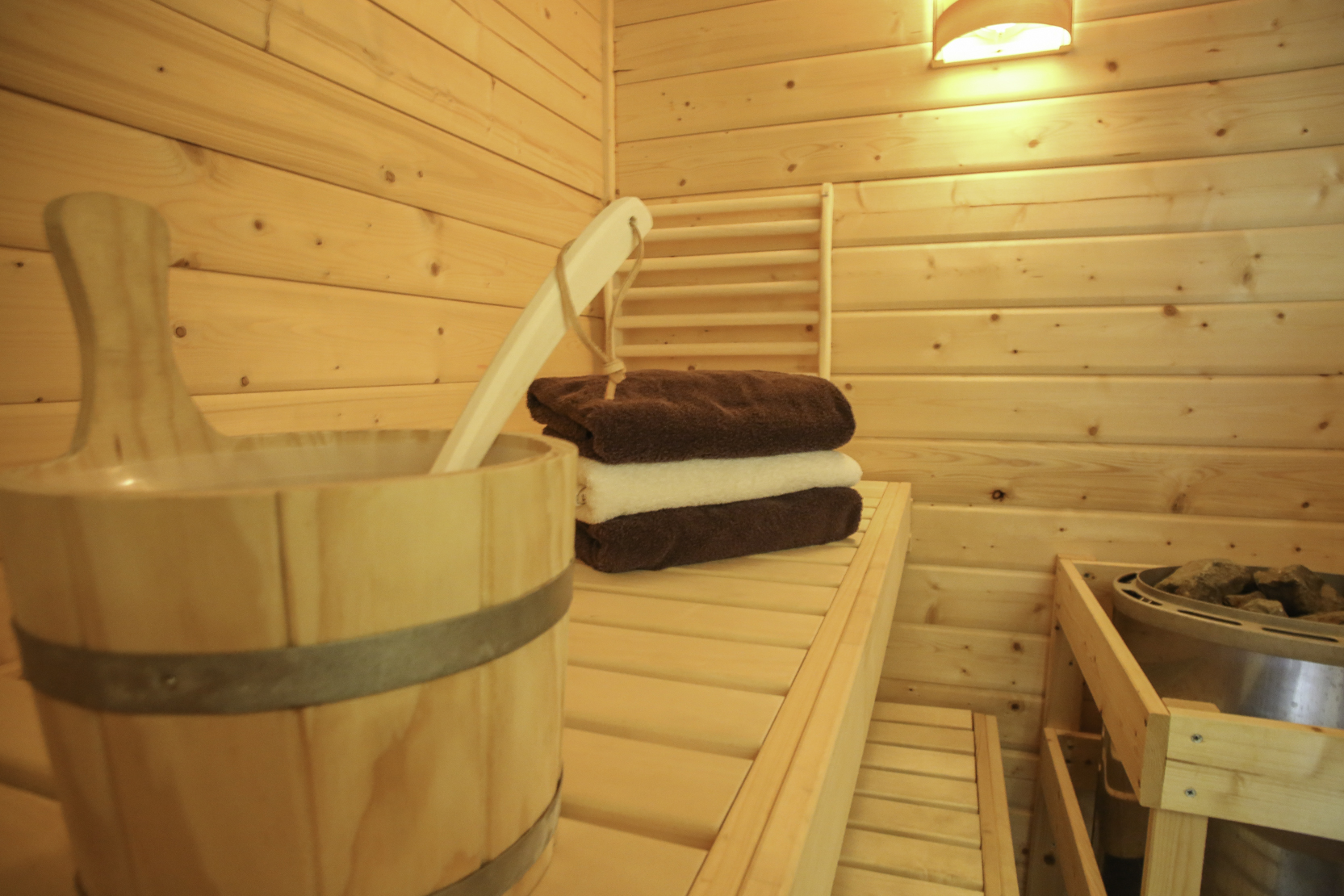 Sauna in der barrierefreien Ferienwohnung bei SPO