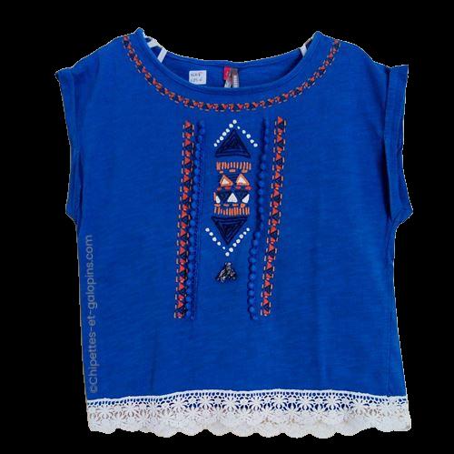 vetement occasion enfant. Vetements enfants pas chers. T-shirt à manches courtes de couleur bleu roy. Style ethnique avec motifs géométriques. Orchestra. Pour fille 6 ans . Tout petit prix
