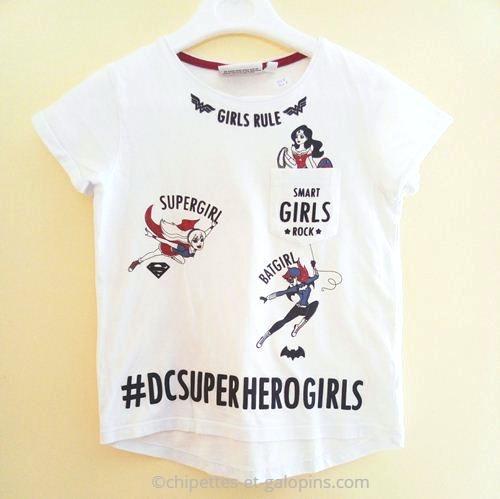 vetements occasion enfants. Vetements enfants pas chers. T-shirt DC super héro girls à petit prix pour fille de 8 ans