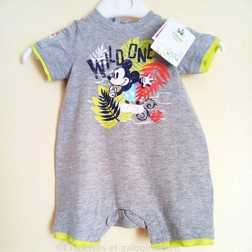 vetements bébé occasion. vetements bébé pas chers. Combi-short Mickey bébé garçon 3 mois pas cher, neuf