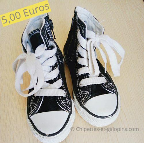 Chaussures enfants occasion. Baskets montantes en toile noires T25