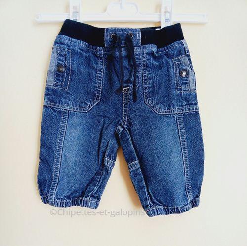 vêtements occasion bébé. Jean enfant pas cher. Jean bébé taille élastique 6 mois