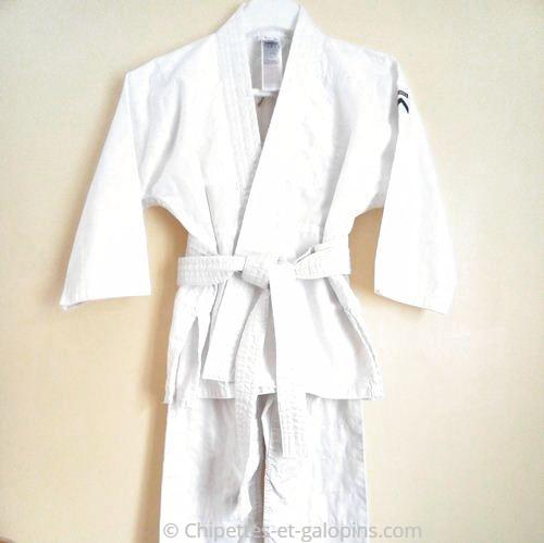 vetements occasion enfants. Kimono enfants pas cher 120 cm (6 ans) avec ceinture blanche