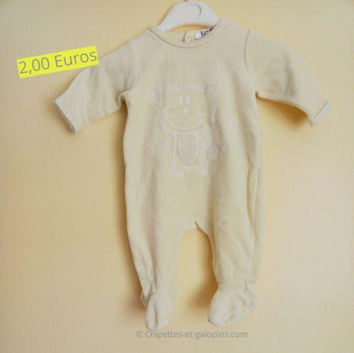 vetements bébé d'occasion. Pyjama velours 3 mois pas cher