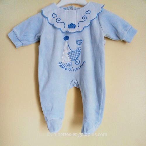 vetements bébé occasion. Vetements bébé pas chers. Pyjama velours bleu 1 mois