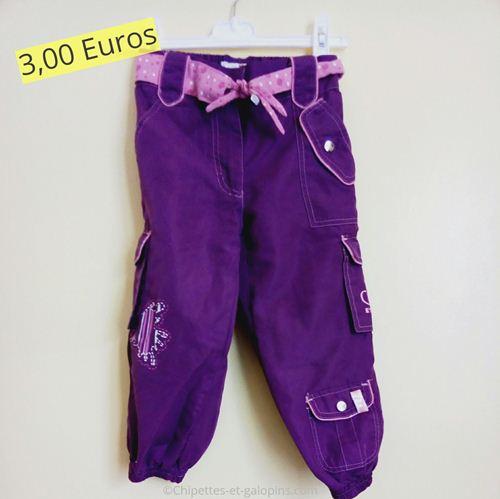 vetements enfants d'occasion. Pantalon en toile pas cher violet et rose
