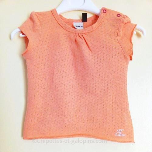 vetements bébé occasion. Vetements bééb fille pas cher. T-shirt orange IKKS pour bébé fille 18 mois