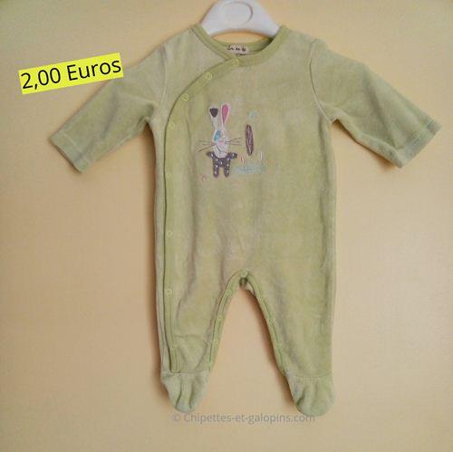 vetements d'occasion pour bébé. Pyjama velours 3 mois