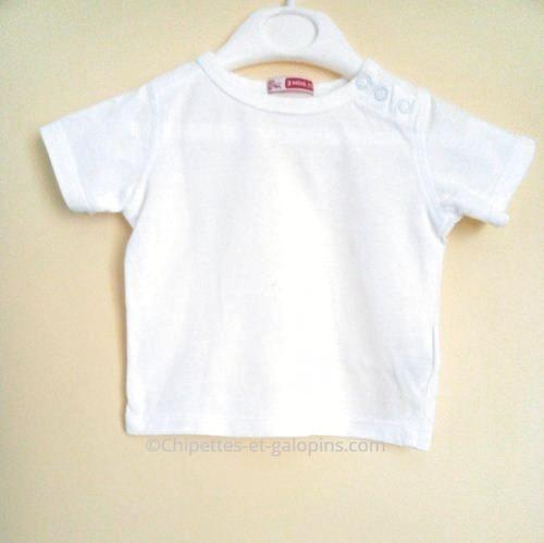 vetements occasion bébé. vetements bébé d'occasion. T-shirt blanc pas cher pour bébé 3 mois DP...am
