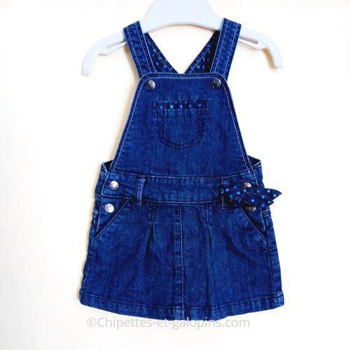 vetement bébé occasion. vêtement pas cher bébé fille. Robe-salopette en jean Obaïbi 6 mois