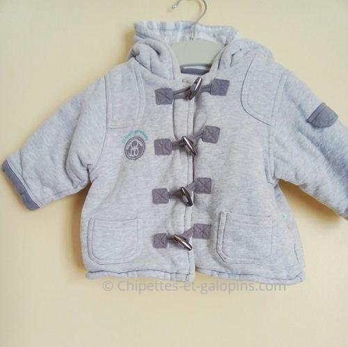 vetements occasion bébé.Veste molletonnée Obaïbi de couleur grise pour bébé 6 mois