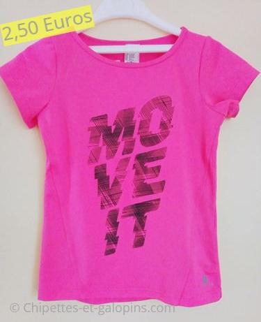 vetements enfants d'occasion. T-shirt Décathlon pas cher fille 5 ans