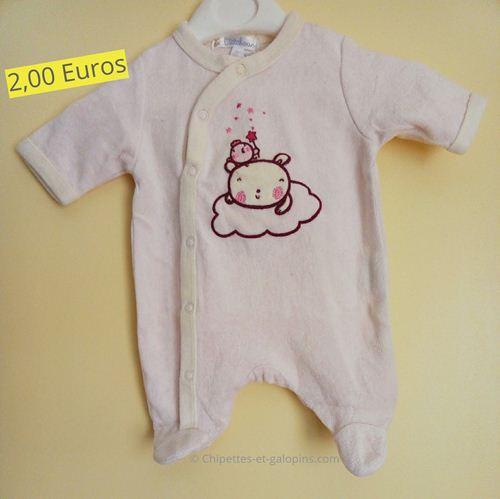 vêtements bébé d'occasion. Pyjama velours naissance pas cher