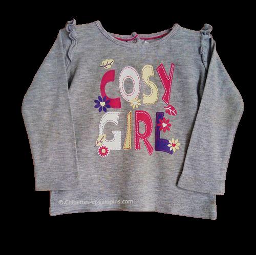 """Vetements occasion enfant. Vetement bébé fille pas cher. T-shirt à manches longues à petit prix pour bébé fille 6/12 mois de couleur grise avec motifs floraux """" cosy girl"""""""