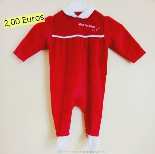 vetements bébé d'occasion. Pyjama velours rouge et blanc fille 3 mois