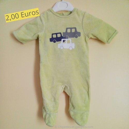 vêtements d'occasio pour bébé. Pyjama velours vert anis pas cher