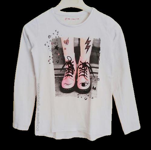 vetement occasion enfant. Vetements enfants pas chers. T-shirt blanc à manches longues impression chaussures à lacets avec paillettes pour fille 12 ans à petit prix