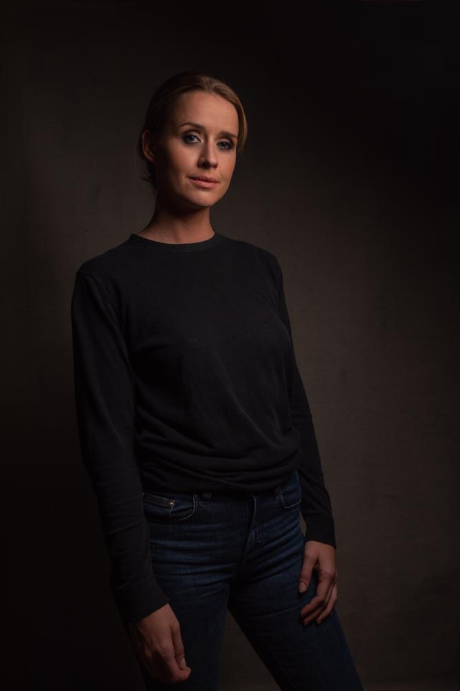Actress: Lisa Henni