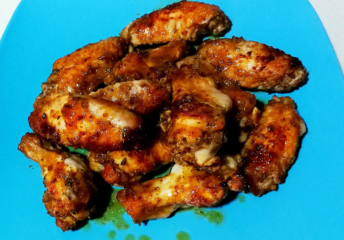 Alitas de pollo al horno unidos cocemos for Formas de cocinar pollo