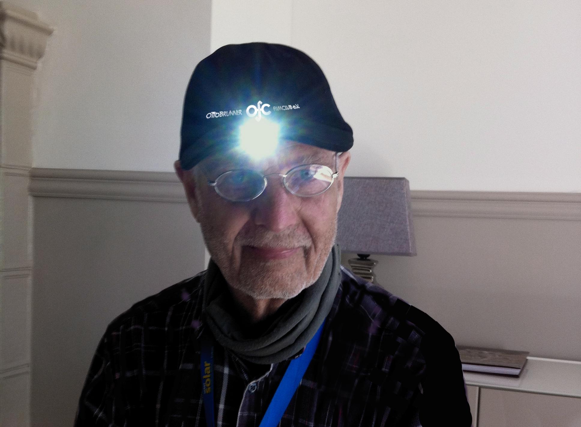 Capy Sondermodell mit LED Filmleuchte