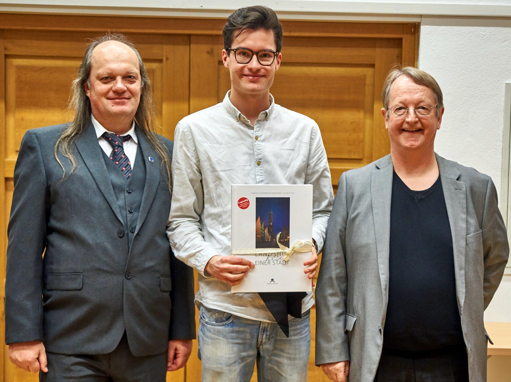 """Philipp Wagner: 1. Preis für den Film """"Finstere Au"""""""