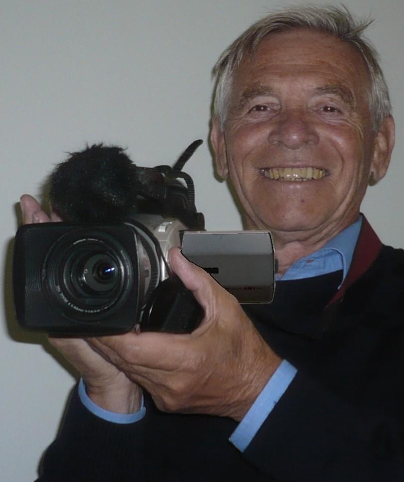 Allan nimmt seine Frau und seine Kamera immer mit auf Reisen.