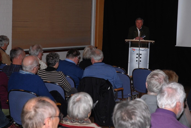 Seit vielen Jahren moderiert Klaus Häusler aus Unterhaching unsere Veranstaltungen.