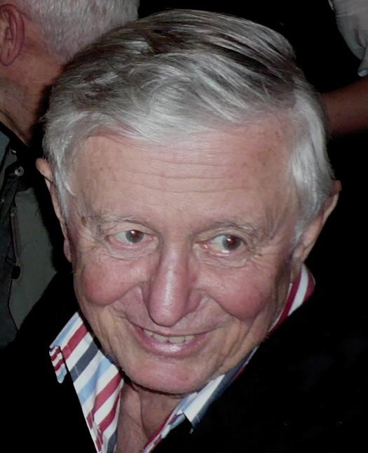 Roman aus Feldkirchen-Westerham erhielt für 40 Jahre ehrenamtliche Arbeit beim OfC eine Auszeichnung der Gemeinde Ottobrunn.