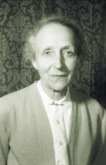 Anna Pirson als ältere Dame.