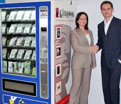 No aeroporto de Londres podes mercar as túas memorias USB nunha máquina expendedora.