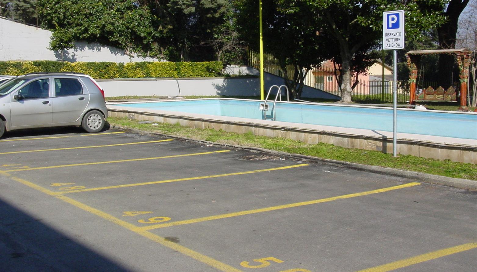 Segnaletica orizzontale- parcheggi azienda