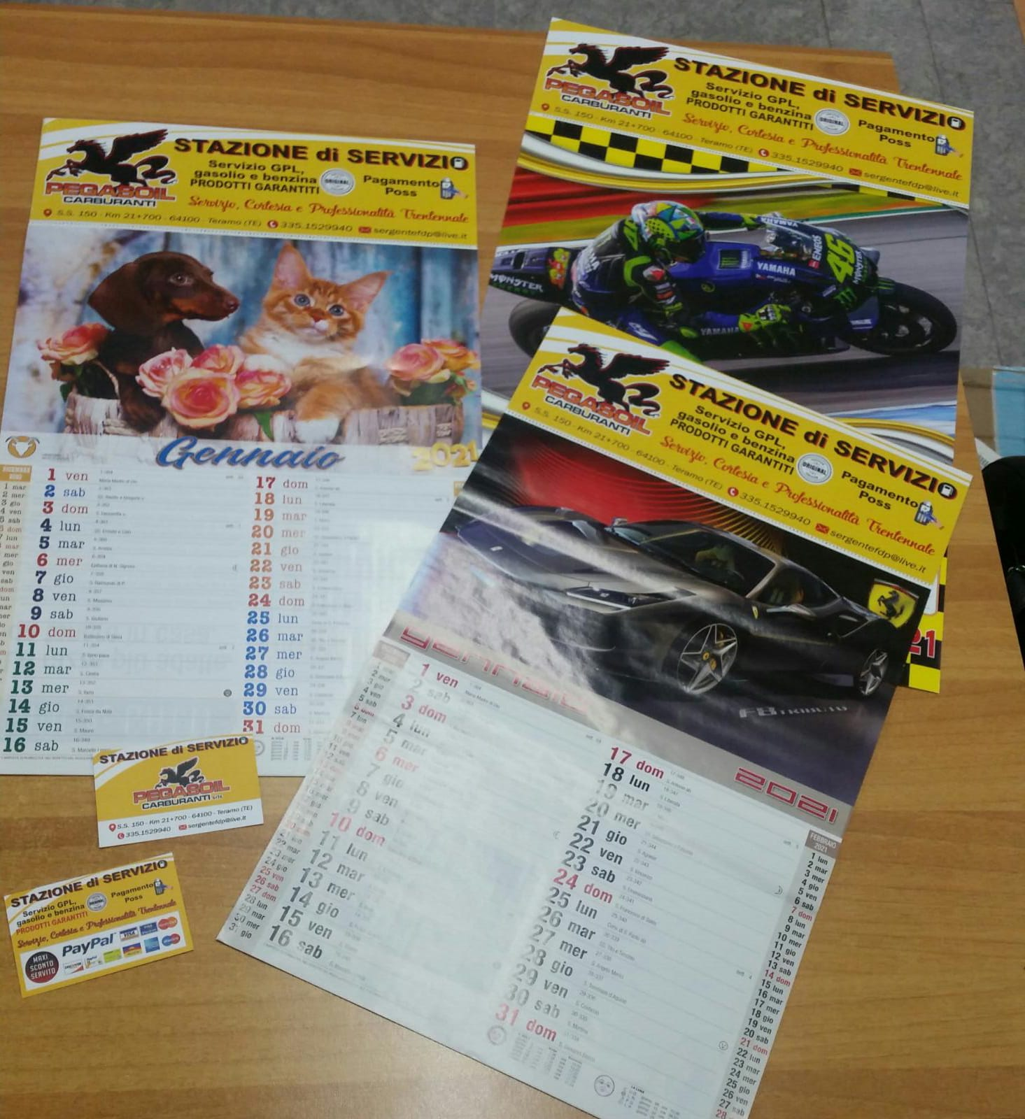 Calendari Moto GP, auto sportive, animali e biglietti da visita