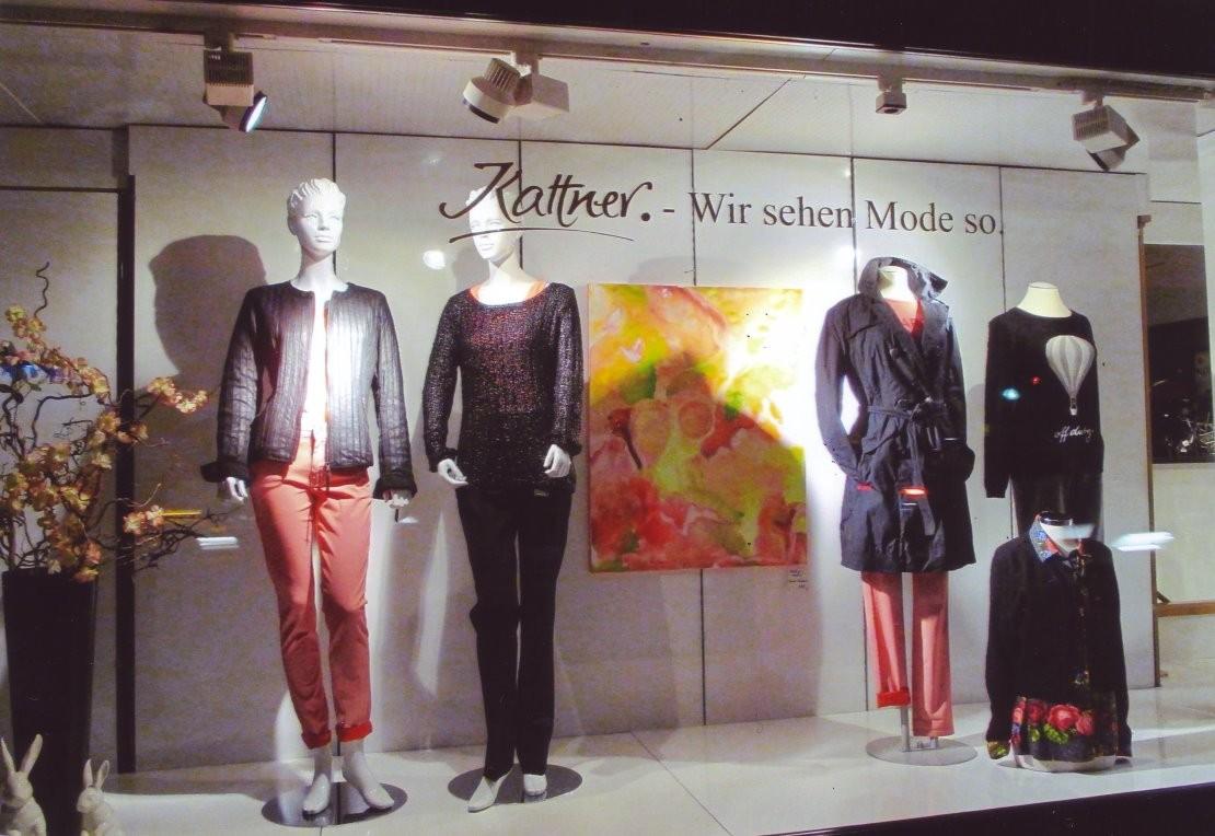 """Visionelle Kunst im Schaufenster von Modehaus Kattner/Neunkirchen: """"SUMMER FEELINGS"""" von Britta Sembowski"""