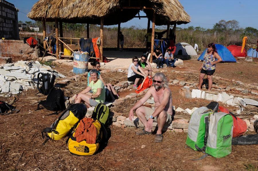 "camp de base à ""Jardines de Bellamar"" Ph.Philippe crochet"