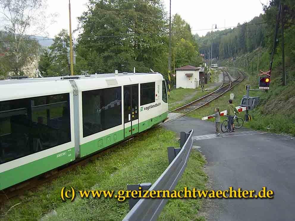 Seit 2000 wieder in Betrieb - die alte Bahnverbindung zwischen Klingenthal und Graslitz an der Strecke von Herlasgrün nach Falkenau i. B./Sokolov. Die Vogtlandbahn bedient die Linie mehrmals am Tag.