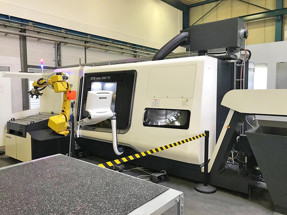 CTX Beta 1250 TC mit Beladungsroboter