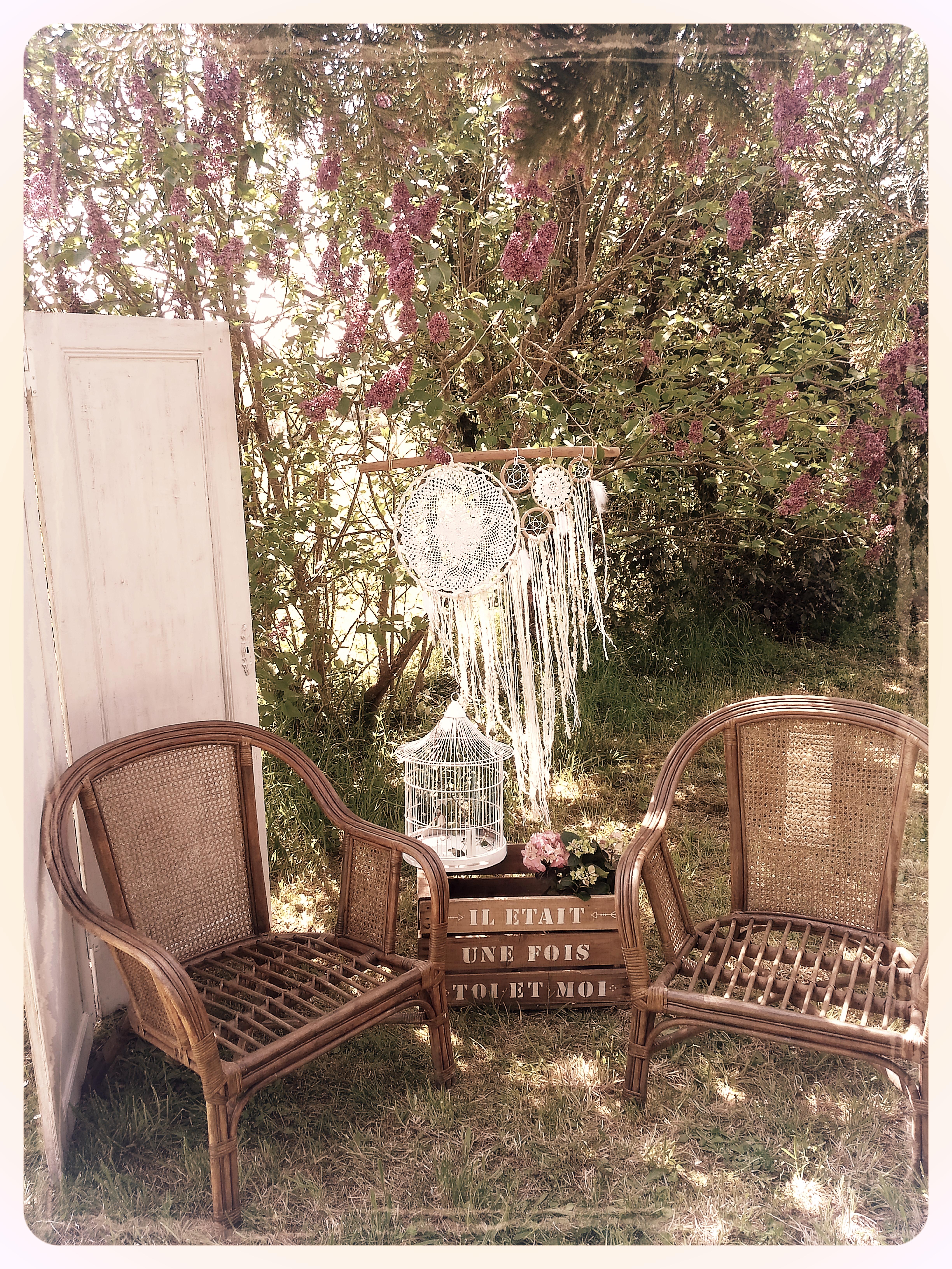 paravent 2 portes fauteuils rotin caisse à pomme bois  cage à oiseaux attrape rêve géant